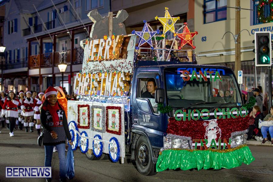 Marketplace-Christmas-Santa-Claus-Parade-Bermuda-December-1-2019-5114