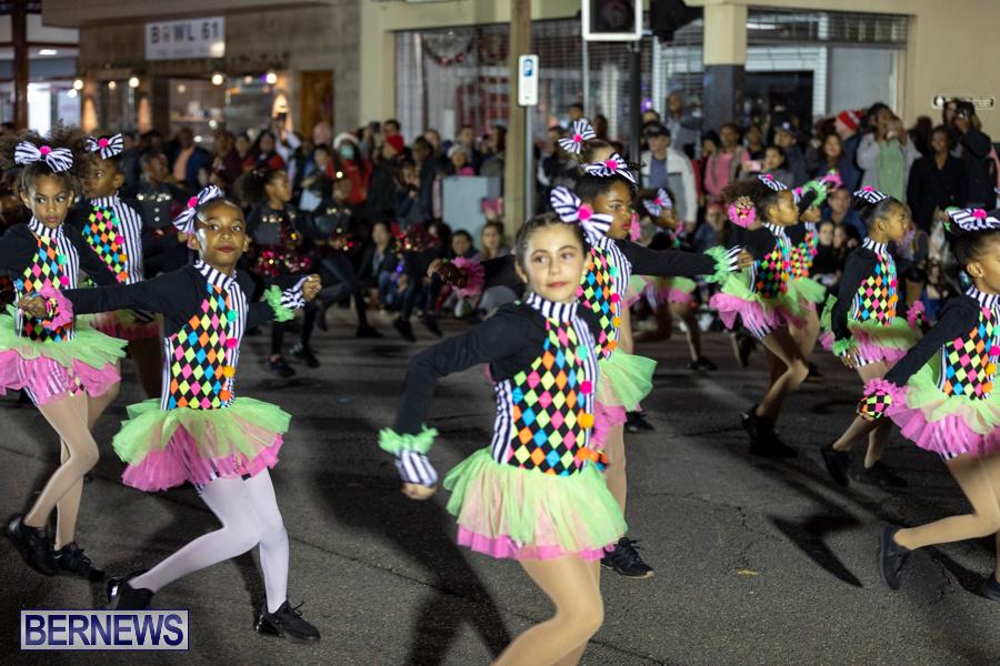 Marketplace-Christmas-Santa-Claus-Parade-Bermuda-December-1-2019-5206