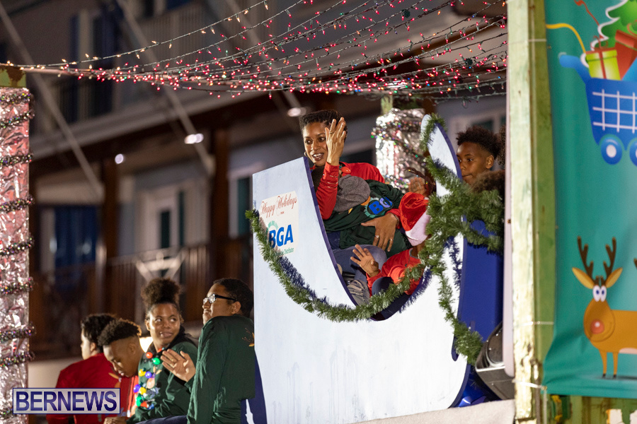 Marketplace-Christmas-Santa-Claus-Parade-Bermuda-December-1-2019-5221