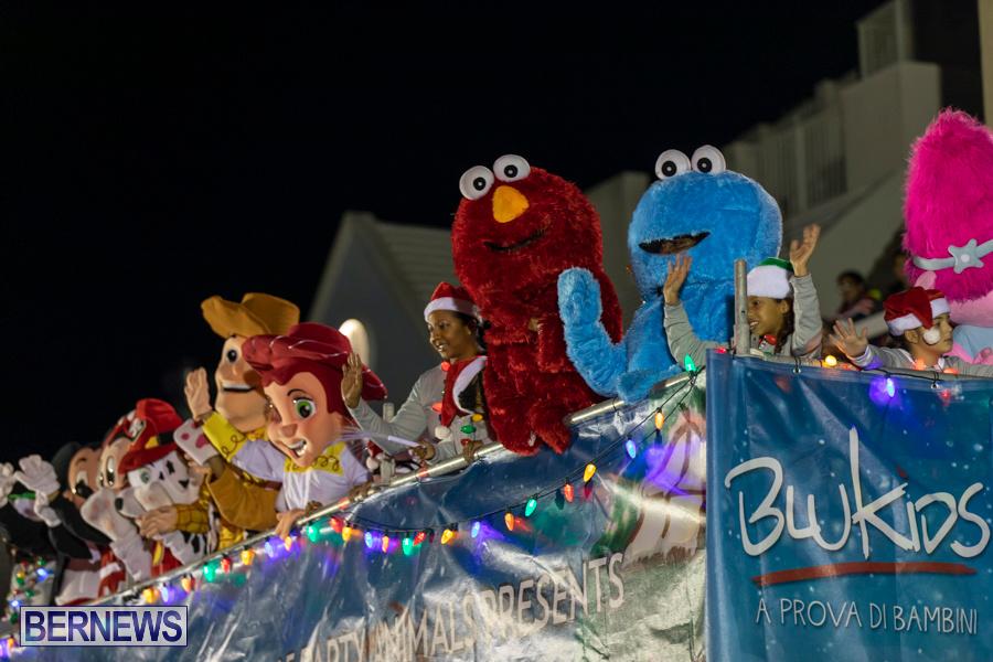 Marketplace-Christmas-Santa-Claus-Parade-Bermuda-December-1-2019-5249