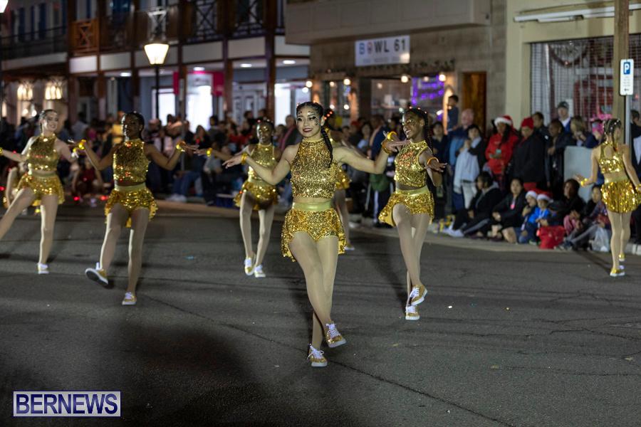 Marketplace-Christmas-Santa-Claus-Parade-Bermuda-December-1-2019-5342