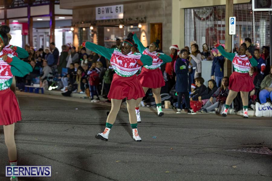 Marketplace-Christmas-Santa-Claus-Parade-Bermuda-December-1-2019-5400