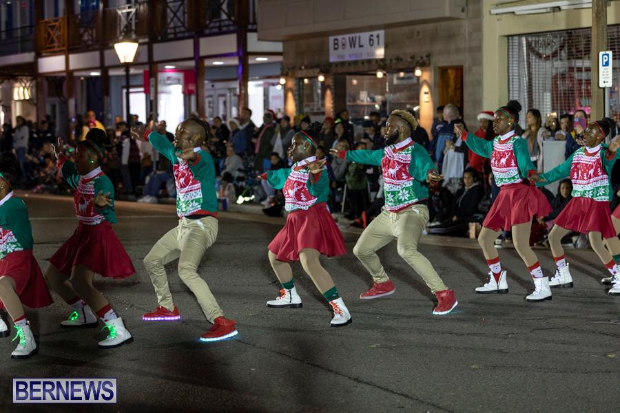 Marketplace-Christmas-Santa-Claus-Parade-Bermuda-December-1-2019-5409