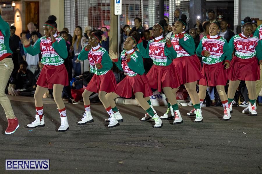 Marketplace-Christmas-Santa-Claus-Parade-Bermuda-December-1-2019-5414
