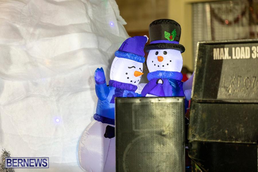 Marketplace-Christmas-Santa-Claus-Parade-Bermuda-December-1-2019-5436