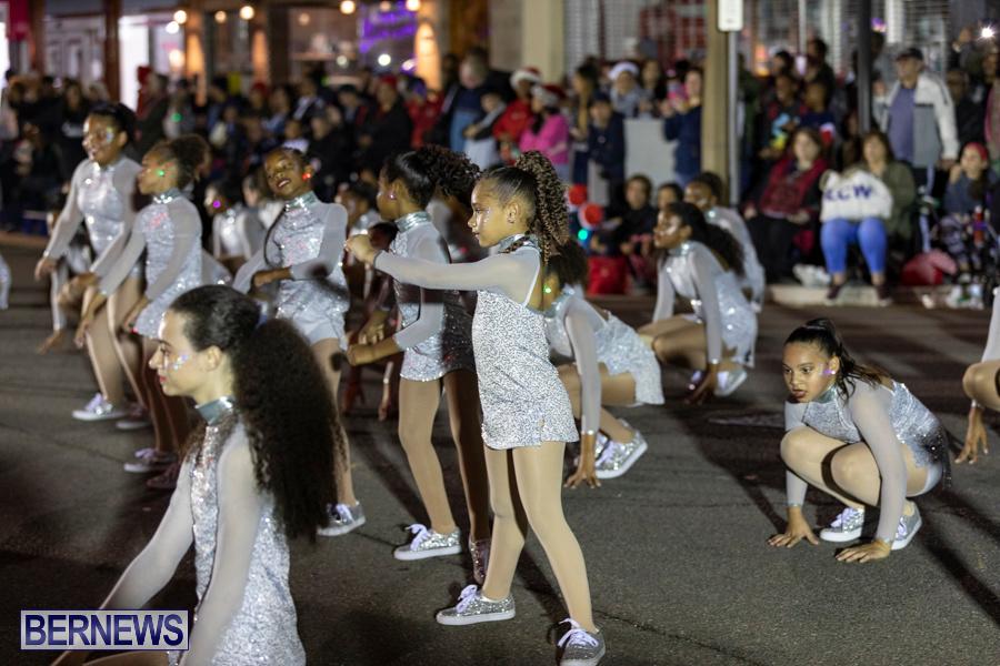 Marketplace-Christmas-Santa-Claus-Parade-Bermuda-December-1-2019-5458