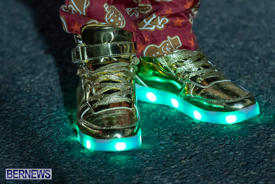 Marketplace-Christmas-Santa-Claus-Parade-Bermuda-December-1-2019-5485