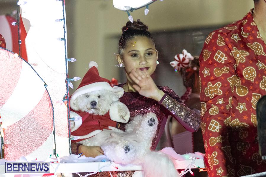 Marketplace-Christmas-Santa-Claus-Parade-Bermuda-December-1-2019-5507