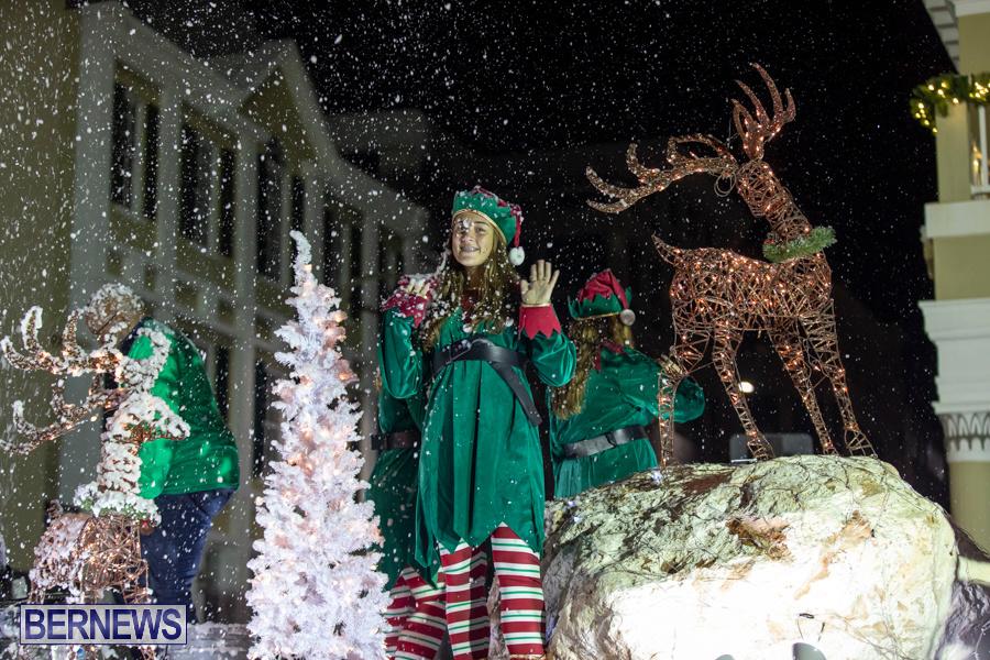 Marketplace-Christmas-Santa-Claus-Parade-Bermuda-December-1-2019-5555