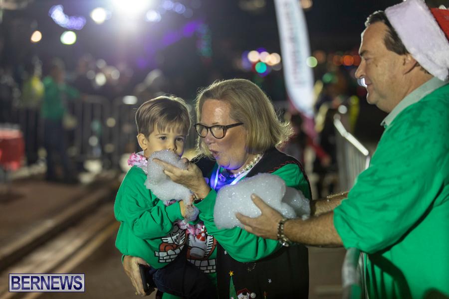 Marketplace-Christmas-Santa-Claus-Parade-Bermuda-December-1-2019-5559