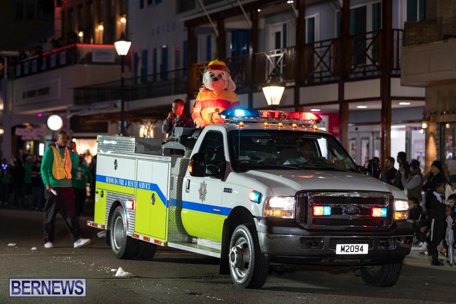 Marketplace-Christmas-Santa-Claus-Parade-Bermuda-December-1-2019-5565