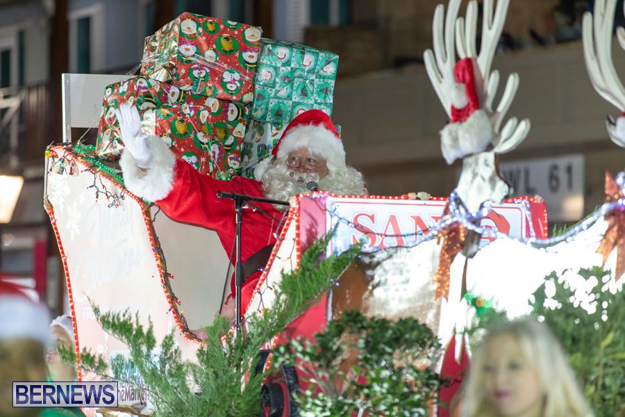 Marketplace-Christmas-Santa-Claus-Parade-Bermuda-December-1-2019-5584