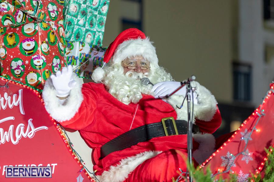 Marketplace-Christmas-Santa-Claus-Parade-Bermuda-December-1-2019-5601