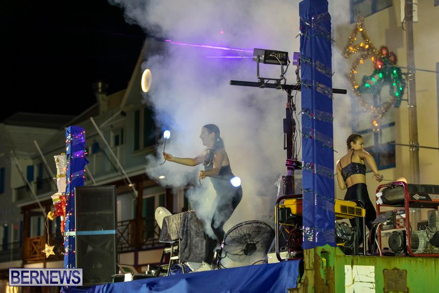 Marketplace-Christmas-Santa-Claus-Parade-Bermuda-December-1-2019-5621