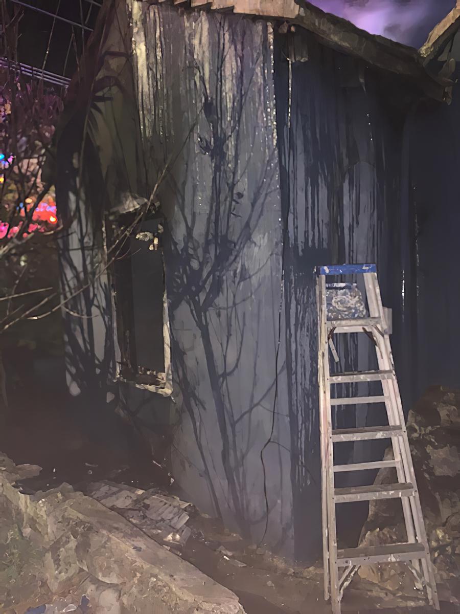 Sandys Fire Bermuda, December 26 2019-1 (3)_lg