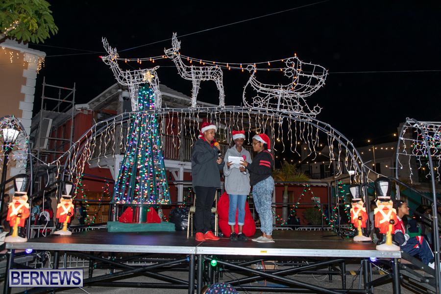 Santa-is-Coming-to-Town-St-Georges-Bermuda-December-14-2019-3916