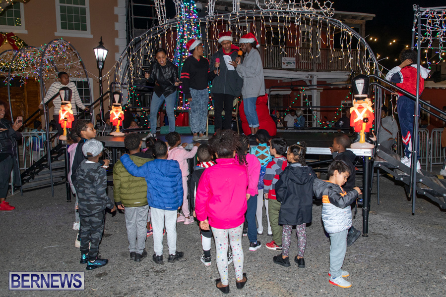 Santa-is-Coming-to-Town-St-Georges-Bermuda-December-14-2019-3923