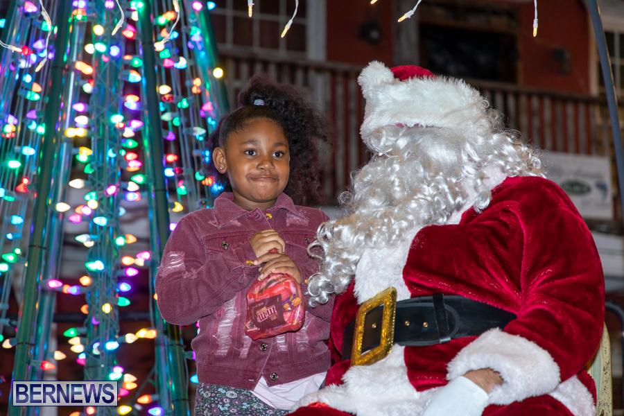 Santa-is-Coming-to-Town-St-Georges-Bermuda-December-14-2019-3941