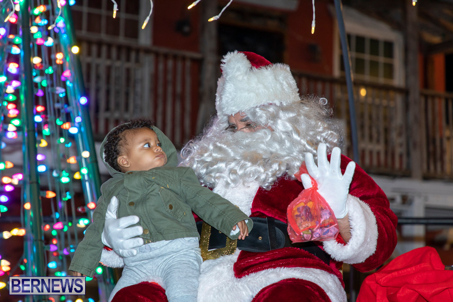 Santa-is-Coming-to-Town-St-Georges-Bermuda-December-14-2019-3945