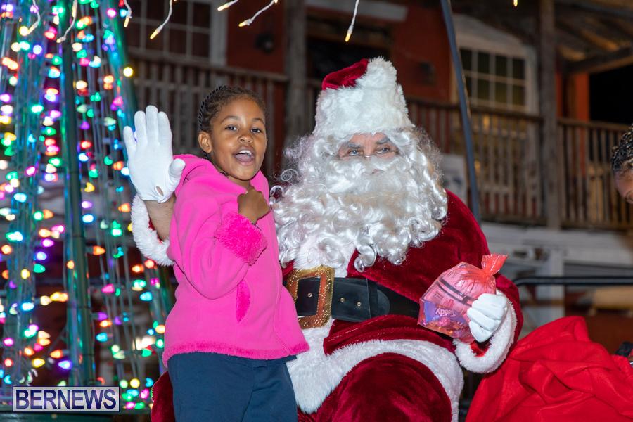 Santa-is-Coming-to-Town-St-Georges-Bermuda-December-14-2019-3948