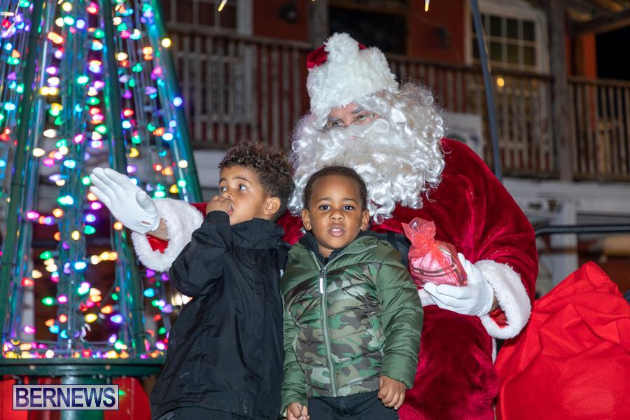 Santa-is-Coming-to-Town-St-Georges-Bermuda-December-14-2019-3960