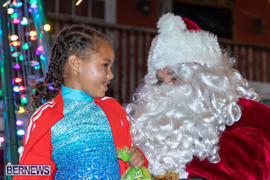 Santa-is-Coming-to-Town-St-Georges-Bermuda-December-14-2019-3963