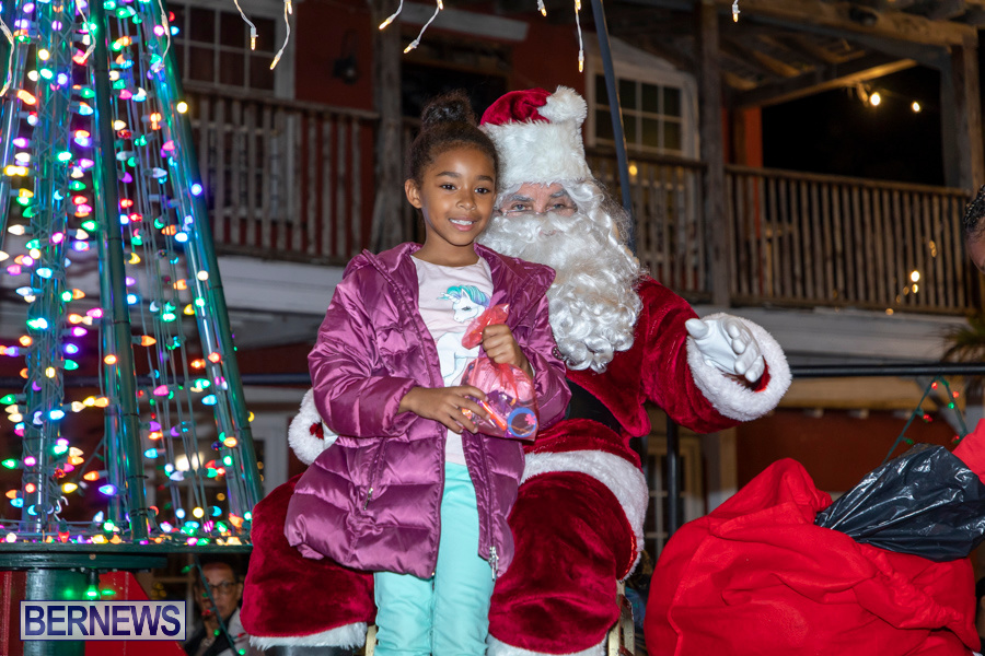 Santa-is-Coming-to-Town-St-Georges-Bermuda-December-14-2019-3968