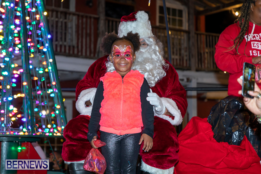 Santa-is-Coming-to-Town-St-Georges-Bermuda-December-14-2019-3974