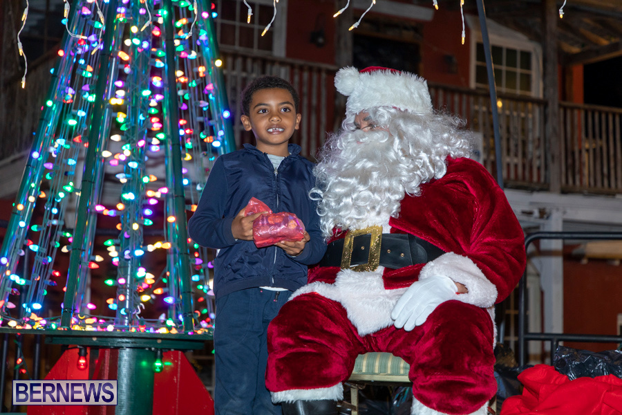 Santa-is-Coming-to-Town-St-Georges-Bermuda-December-14-2019-3999