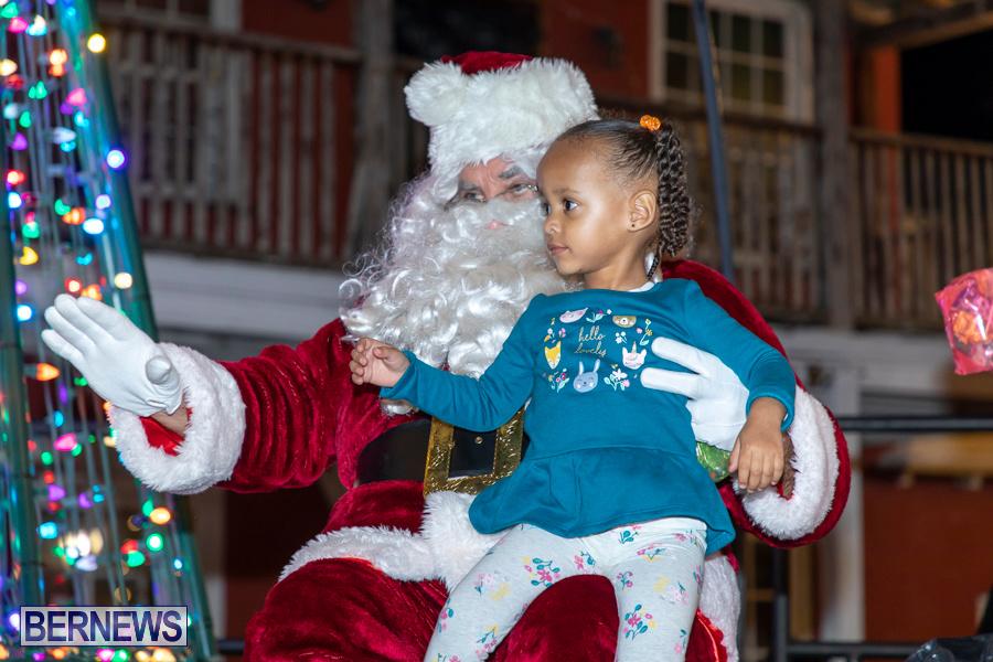 Santa-is-Coming-to-Town-St-Georges-Bermuda-December-14-2019-4012