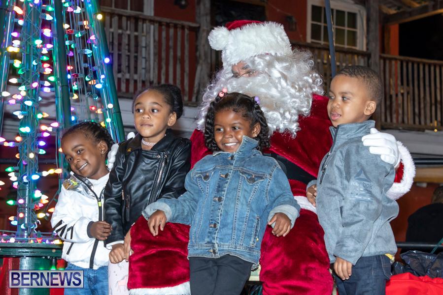 Santa-is-Coming-to-Town-St-Georges-Bermuda-December-14-2019-4018
