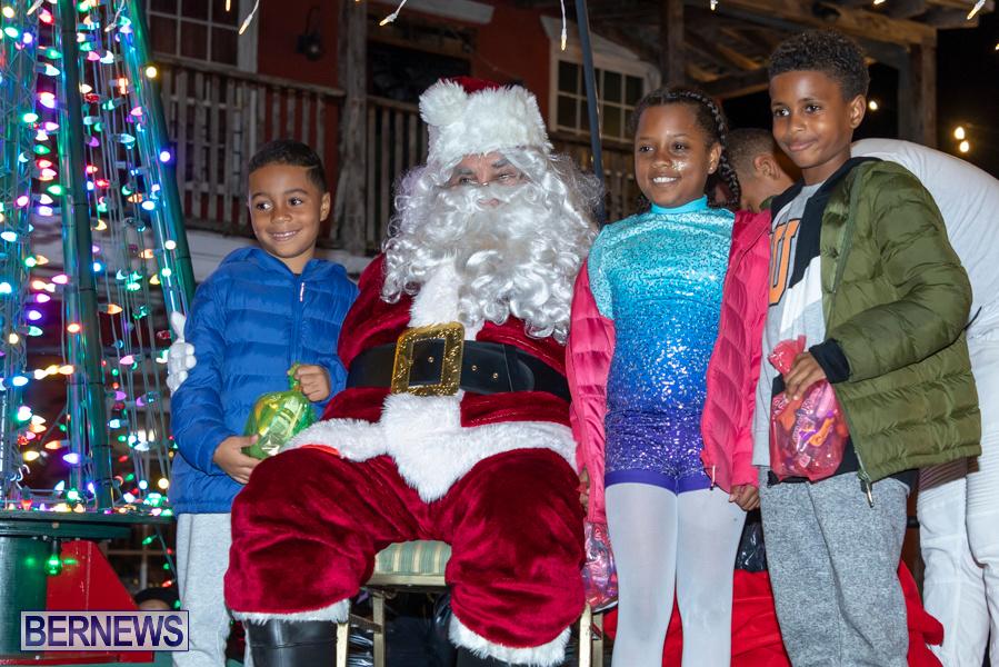 Santa-is-Coming-to-Town-St-Georges-Bermuda-December-14-2019-4026