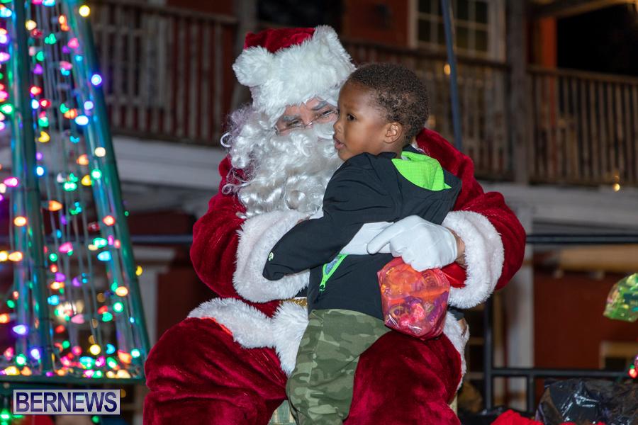 Santa-is-Coming-to-Town-St-Georges-Bermuda-December-14-2019-4031