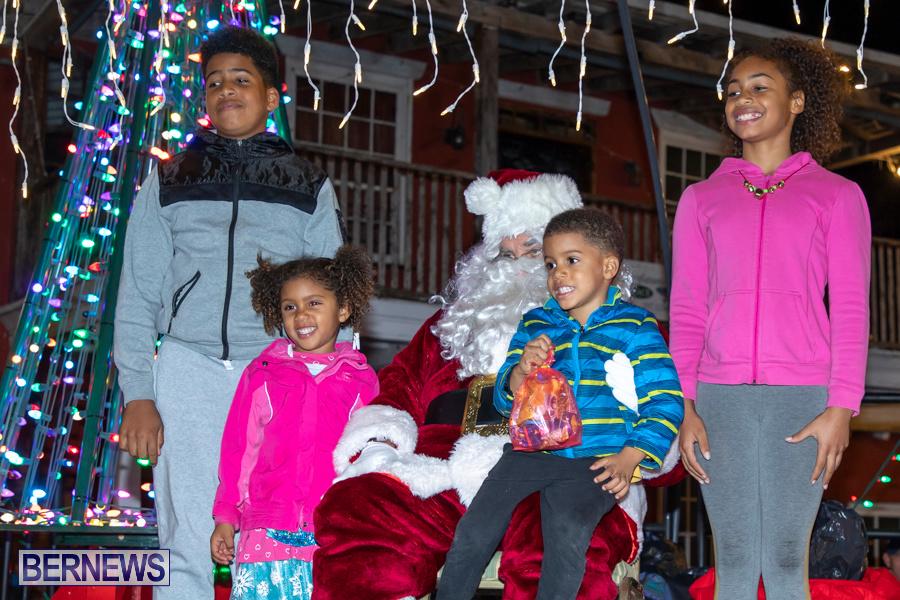 Santa-is-Coming-to-Town-St-Georges-Bermuda-December-14-2019-4047