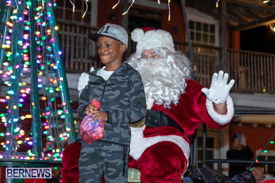 Santa-is-Coming-to-Town-St-Georges-Bermuda-December-14-2019-4052