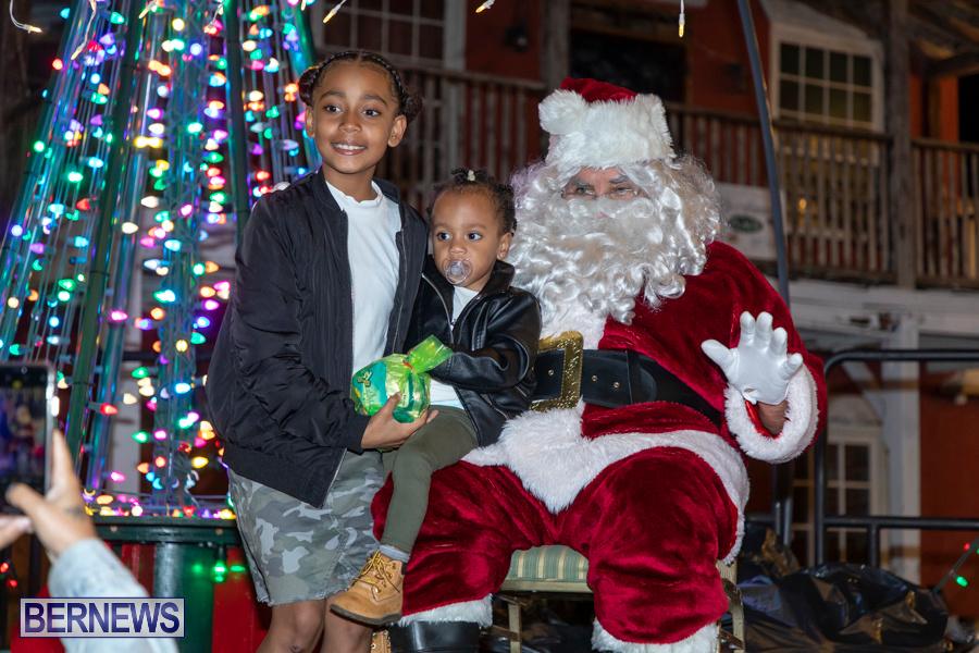 Santa-is-Coming-to-Town-St-Georges-Bermuda-December-14-2019-4095