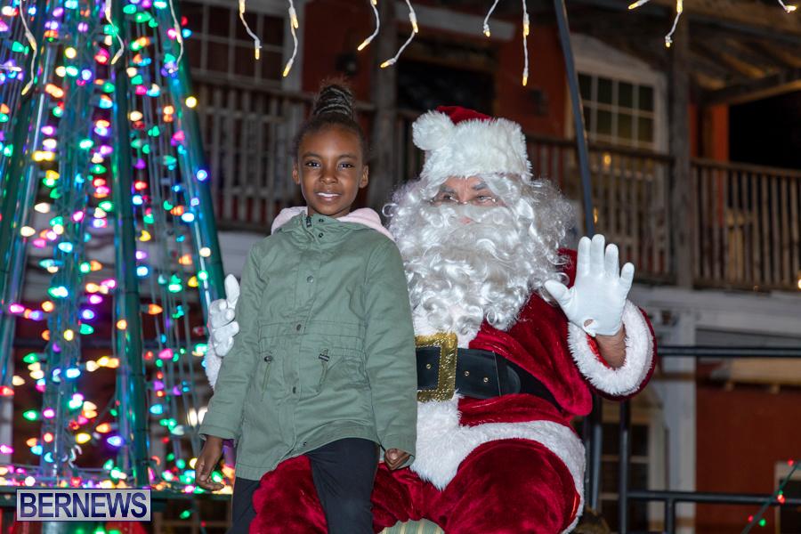 Santa-is-Coming-to-Town-St-Georges-Bermuda-December-14-2019-4101