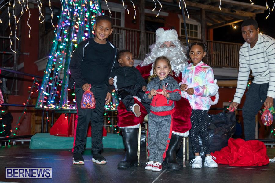 Santa-is-Coming-to-Town-St-Georges-Bermuda-December-14-2019-4106