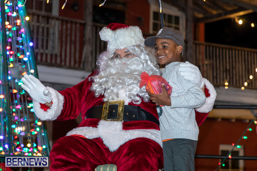 Santa-is-Coming-to-Town-St-Georges-Bermuda-December-14-2019-4130