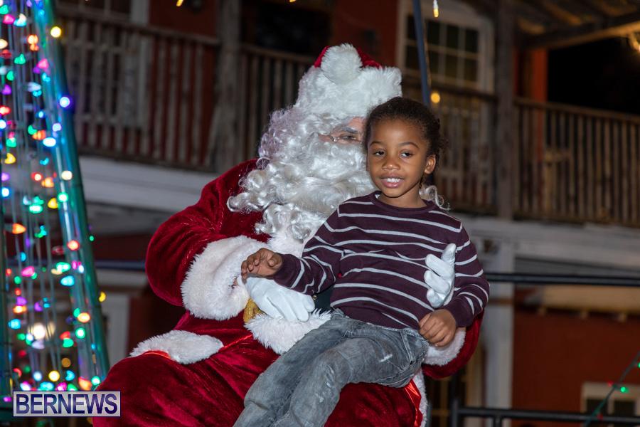 Santa-is-Coming-to-Town-St-Georges-Bermuda-December-14-2019-4151