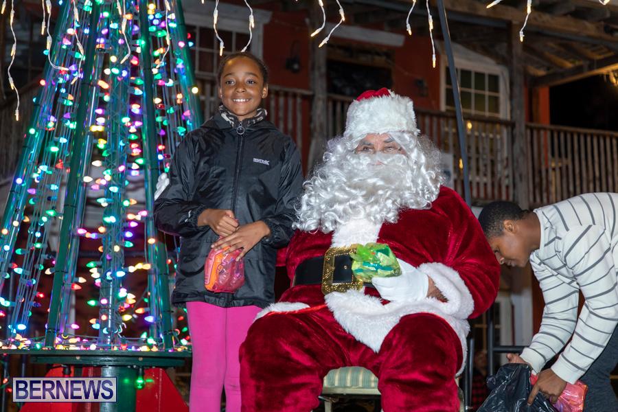 Santa-is-Coming-to-Town-St-Georges-Bermuda-December-14-2019-4167