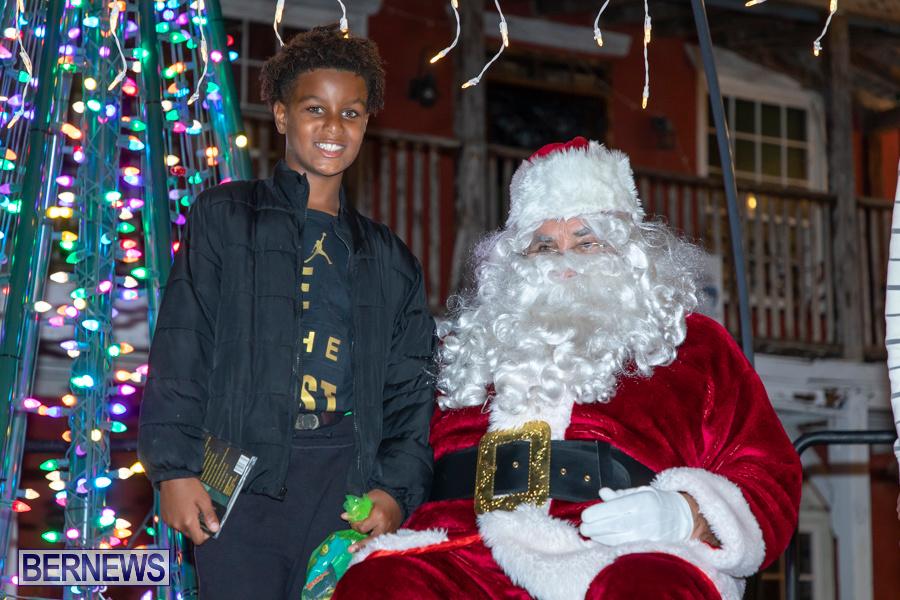 Santa-is-Coming-to-Town-St-Georges-Bermuda-December-14-2019-4174