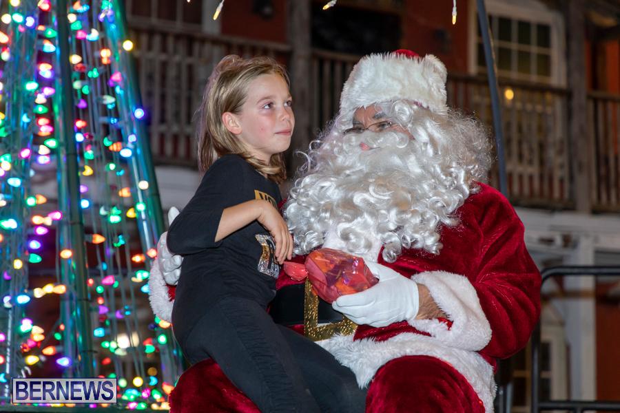 Santa-is-Coming-to-Town-St-Georges-Bermuda-December-14-2019-4185