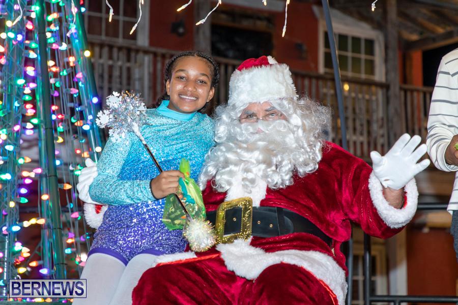 Santa-is-Coming-to-Town-St-Georges-Bermuda-December-14-2019-4194