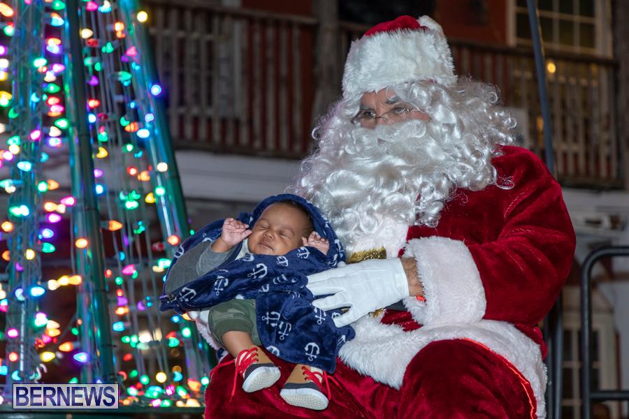 Santa-is-Coming-to-Town-St-Georges-Bermuda-December-14-2019-4196