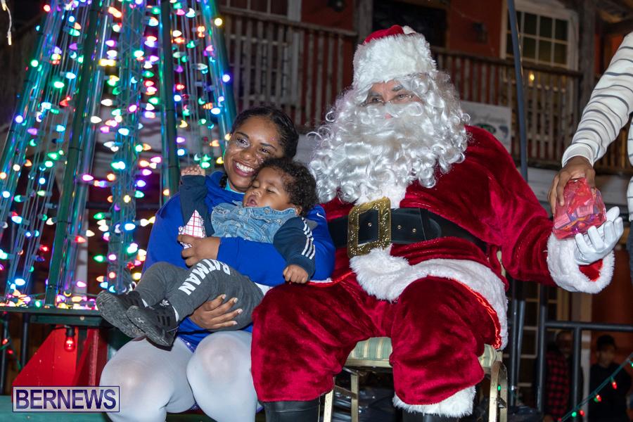 Santa-is-Coming-to-Town-St-Georges-Bermuda-December-14-2019-4202
