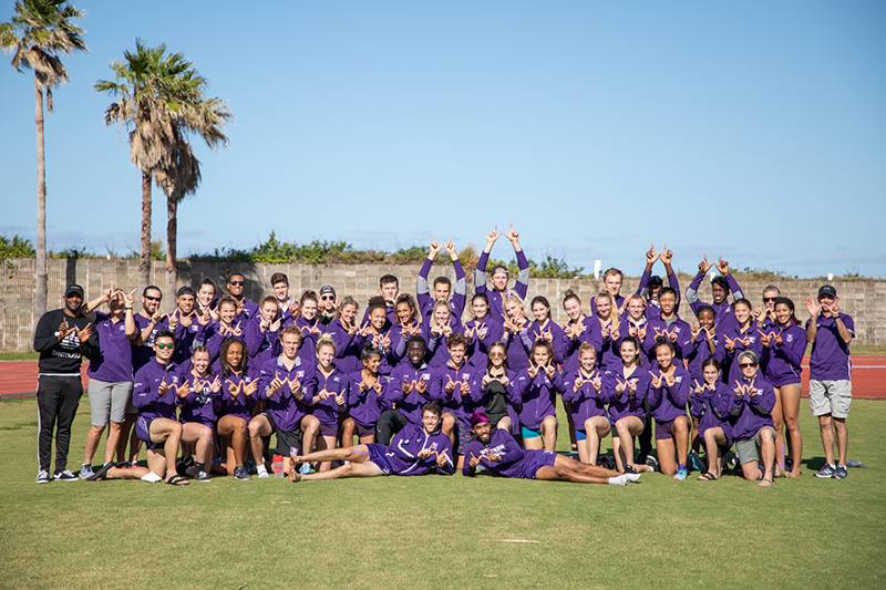 Mustangs Track & Field Team Bermuda Jan 2020 (1)