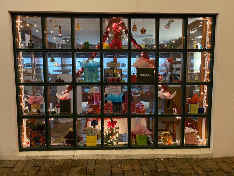 St George's Christmas Window Display Bermuda Jan 2020 (4)