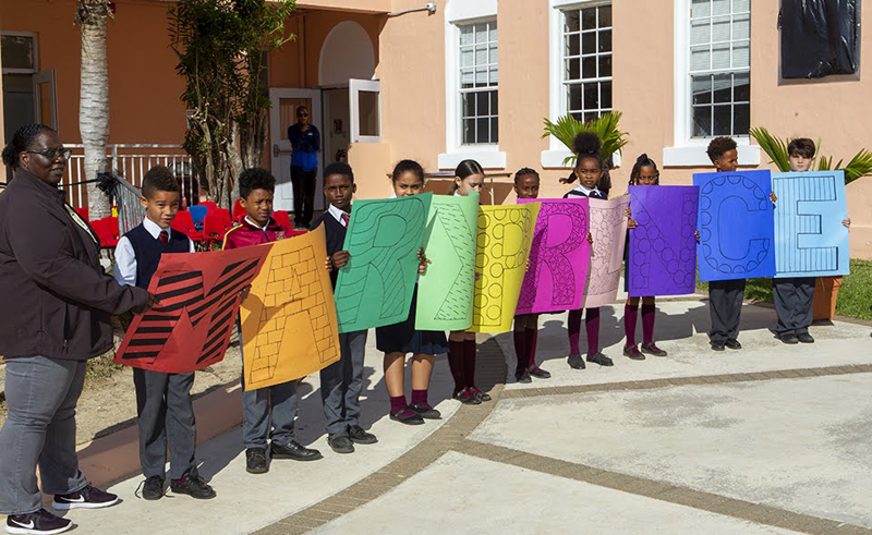Minister recognizes Bermudian icons at primary school Feb 2020 (1)