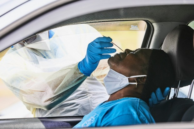Bermuda drive through testing Covid 19 virus April 2020 (2)